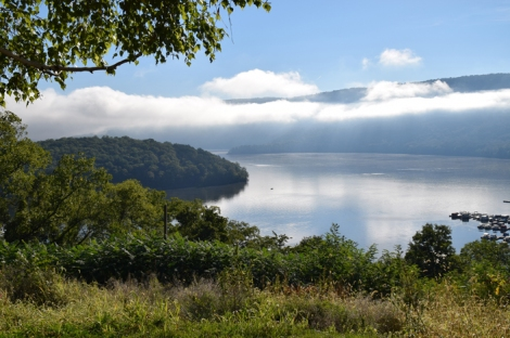 An early morning misty view from the Hillside Nature Trail at the Seven Points Recreation Area, Raystown Lake, Pennsylvania. Photo by Ed Stoddard, Raystown.org