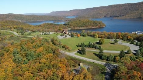 Seven Points Recreation Area at Raystown Lake as viewed from Pine Bottom Aviation helicopter tour. Photo by Michelle McCall, Raystown.org